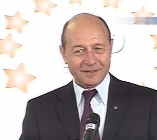 Basescu: Trebuie sa trecem de la statul asistential la statul performant