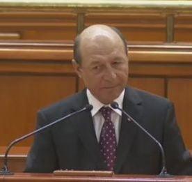 Basescu: USL urmareste controlarea justitiei, va propun validarea referendumului din 2009