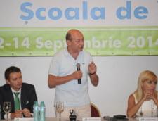 Basescu: Voi vizita R. Moldova inaintea terminarii mandatului si voi cere cetatenie