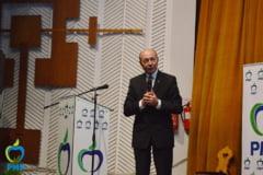 Basescu: Votam motiunea de cenzura, doar nu o sa o votam pe Dancila
