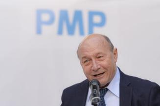 """Basescu, atac dur la Iohannis: """"Nu este suficient sa ceara poporului sa se spele pe maini"""". Fostul presedinte sustine ca ar trebui cerut vaccinul rusesc"""