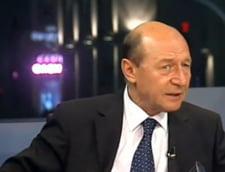 Basescu, atac la Isarescu pe Codul Fiscal: A vrut Mugurel sa se infoaie (Video)