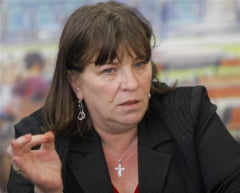 Basescu, comparat de Norica Nicolai cu Ceausescu: Ne-a creat imaginea unei colonii