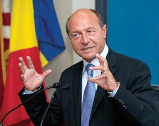 """Basescu, despre """"tara de mamicute si bebelusi"""", minciunile lui Geoana si viitorul lui Boc"""