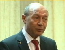 Basescu, despre CAS: Masura bolsevica, daca nu spui cum acoperi costurile. Ar fi imoral