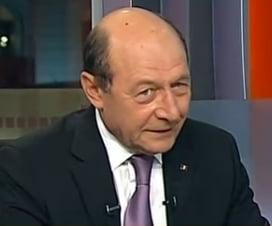 Basescu, despre Ponta: Un om nesigur, slab. M-a intrebat si daca as vrea sa-i fiu nas