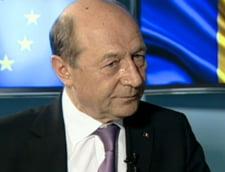 Basescu, despre Ponta: Victor Viorel e nume de floricica, e floricica patriei