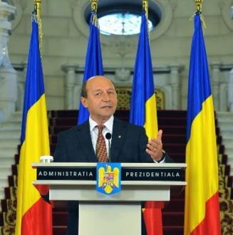Basescu, despre Summitul NATO, Afganistan si Smart Defence