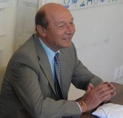 Basescu, despre Ziua Maghiarilor: Da, rromii au ziua lor, dar ei n-au cerut sa alipim Romania la India