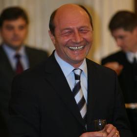 Basescu, despre al treilea mandat: Imi pare rau ca il fac si pe al doilea