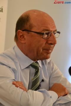 Basescu, despre bugetul pe 2016: Nu inteleg care e deosebirea intre ce ar fi facut Ponta si ce au facut tehnocratii