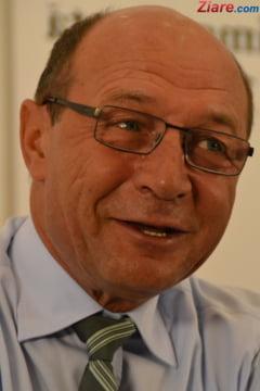 Basescu, despre delegarea lui Ciolos la Consiliul European: Nu e oportuna. Iohannis nu trebuie sa abdice!