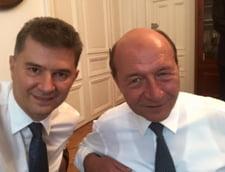 Basescu, despre fuziunea cu partidul infiintat de Oprea: Liderii UNPR nu sunt puscariabili (Video)