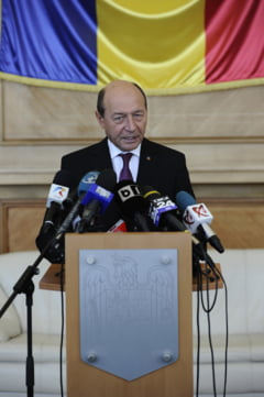 Basescu, despre o posibila noua suspendare: Cu cine ar discuta Biden si Merkel, cu Zgonea?