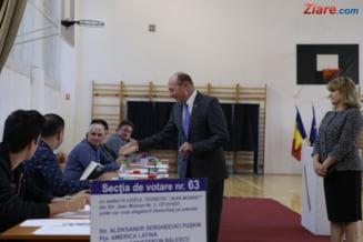 Basescu, despre referendum: Biserica a primit o lectie. Administratorii BOR au devenit aroganti, ii vezi numai in Mercedesuri