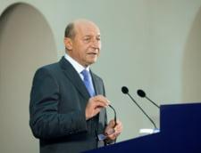 Basescu, despre retrimiterea reducerii CAS: Nu vreau sa mai vad tara fara bani de pensii si salarii