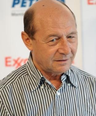 """Basescu, despre scandalul Atanasiu: I-as fi """"cerut capul"""", indiscutabil (Video)"""