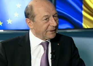 Basescu, despre terenul de la Nana: O sa pun poze pe Facebook sa vedeti cum stau graul si orzul