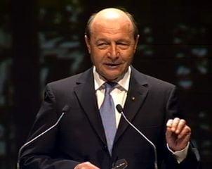 Basescu, la Congresul PPE: Romania vrea sa participe la deciziile zonei euro