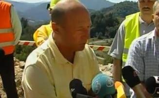 Basescu, la Rosia Montana: Atac la UDMR si scandal intre localnici