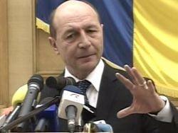 Basescu, la intoarcerea din Ungaria: Romania nu accepta autonomia teritoriala