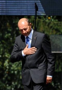 Basescu, mesaj pentru Obama: Rugaciunile noastre se indreapta spre victimele atacurilor din 11 septembrie