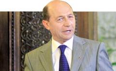 """Basescu, patru """"descalecari"""" la Cotroceni"""