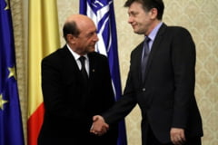 Basescu, premier in interes electoral