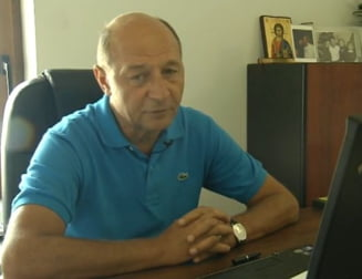 Basescu, referitor la Udrea: Nu sunt responsabil de toaletele femeilor din PDL (Video)