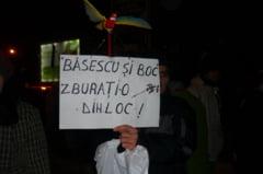 Basescu, trezeste-te, ciumpalacii te-nconjoara! (Opinii)