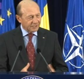 Basescu, uimit ca PSD vrea referendum pentru Rosia Montana: Sunt neutru din acest moment
