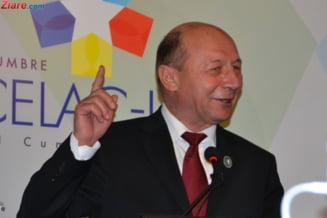 Basescu a ajuns la judecatorie cu 3 ore mai devreme decat trebuia