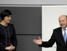 Basescu a decorat-o pe Laura Codruta Kovesi