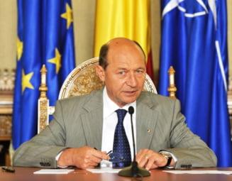 Basescu a eliberat din functie mai multi procurori si judecatori
