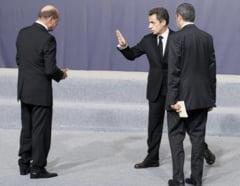 Basescu a profitat de summit-ul UE pe Libia pentru a regla conturile cu Sarkozy - blog Le Monde