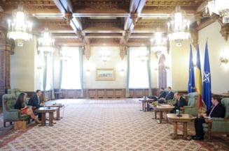 Basescu a publicat inregistrarile de la consultarile cu Ponta-Petrescu: Ati terminat la Harvard? Ma asteptam la argumente gen Roubini (Video)