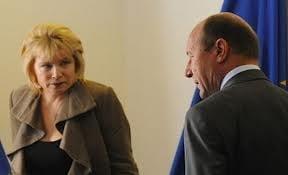 """Basescu a respins propunerile lui Pivniceru: USL acuza """"executia publica"""""""