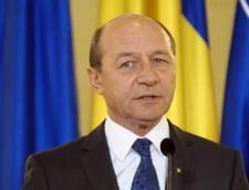 Basescu a sesizat Curtea Constitutionala asupra legii care vizeaza Partidul Miscarea Populara