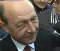Basescu a stat peste doua ore la Parchetul General: Nu mi-e frica de lege!