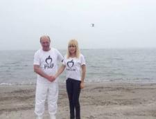 Basescu a vizitat-o pe Udrea in arestul la domiciliu: Incerc sa o conving ca n-am abandonat-o (Video)