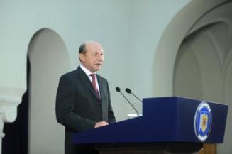 Basescu acuza PSD de demagogie: Toti care plang pe umarul lui Nastase l-au infierat cu manie proletara