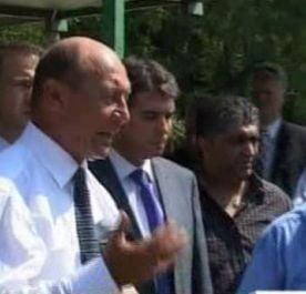 Basescu afirma ca a facut presiuni pentru a ajunge in Italia