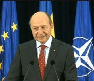 Basescu anunta avioane NATO pe teritoriul Romaniei si cere redefinirea relatiei NATO-Rusia