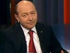 Basescu anunta o premiera: Sa atace a doua oara la CCR pragul de 30% la referendum