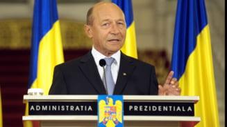Basescu apara ANI si spune NU legii care protejeaza alesii locali de incompatibilitate (Video)