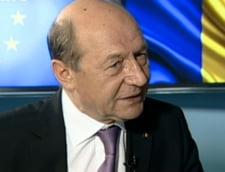 """Basescu ar vota cu Udrea la prezidentiale. De ce e Ponta """"floricica patriei"""" (Video)"""