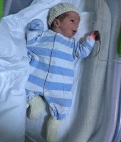 Basescu are un nepotel: Detalii despre venirea pe lume a bebelusului