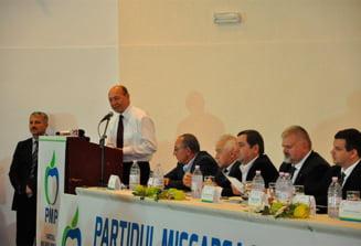 """Basescu ataca """"molusca"""" PNL si spune ca Iohannis a procedat corect pe Codul Fiscal (Video)"""