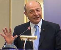 Basescu ataca Nokia, Ford si bancile: Lipsa competitivitatii tine si de mediul de afaceri