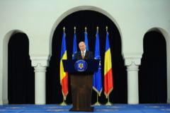 Basescu ataca la CCR Legea privind reprezentarea Romaniei la Consiliul European